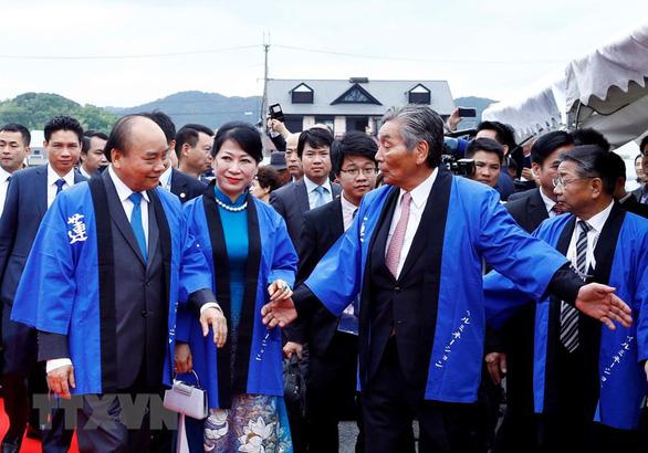 Thủ tướng đọc ca dao khi dự Lễ hội hoa sen Nhật - Việt - Ảnh 2.