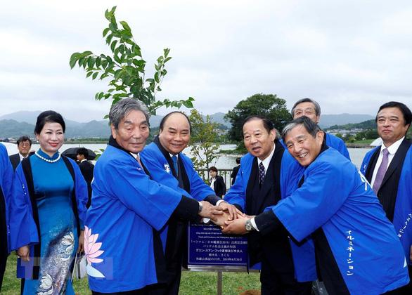 Thủ tướng đọc ca dao khi dự Lễ hội hoa sen Nhật - Việt - Ảnh 4.
