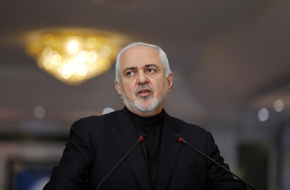Iran không thả người, Mỹ không cho thăm đại sứ đang điều trị ung thư - Ảnh 1.