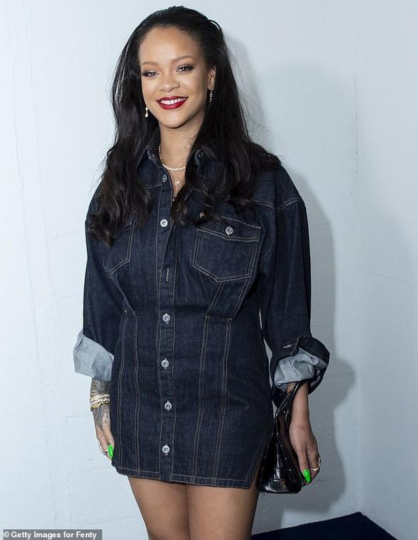 Rihanna được vinh danh là nữ ca sĩ giàu nhất thế giới - Ảnh 1.