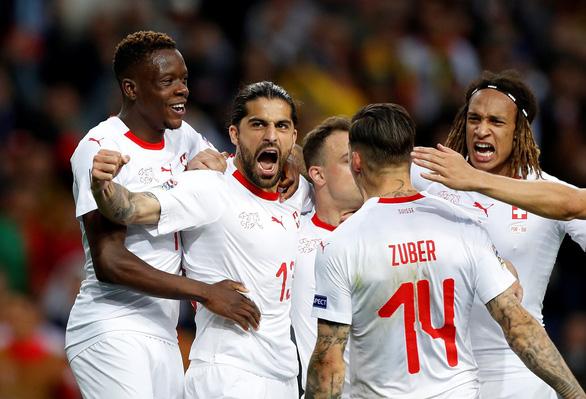 Ronaldo lập hat-trick, Bồ Đào Nha vào chung kết UEFA Nations League - Ảnh 2.