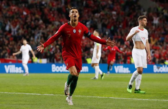 Ronaldo lập hat-trick, Bồ Đào Nha vào chung kết UEFA Nations League - Ảnh 4.