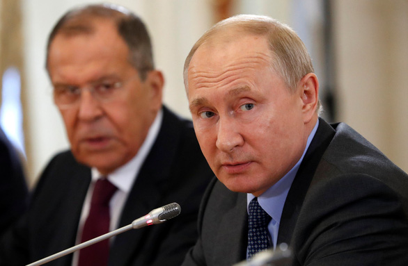 Ông Putin nhắn nhe Mỹ đừng can thiệp quân sự vào Venezuela - Ảnh 1.