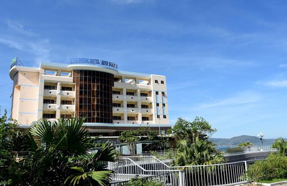 Di dời khách sạn ven biển ở Bình Định: Chúng tôi tiên phong làm gương - Ảnh 1.