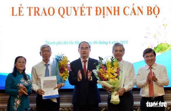 Trao quyết định phê chuẩn kết quả bầu hai phó chủ tịch UBND TP.HCM - Ảnh 1.
