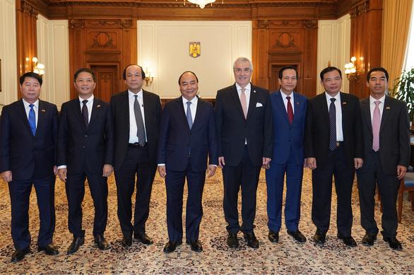 Czech cấp visa trở lại cho lao động Việt Nam - Ảnh 1.