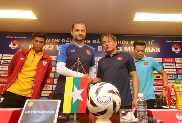 HLV tuyển U23 Myanmar: Việt Nam là ứng viên cho chức vô địch SEA Games 30 - Ảnh 2.