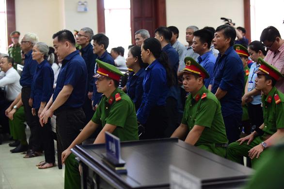 Y án Trần Phương Bình và Vũ nhôm, giảm án cho 4 thuộc cấp - Ảnh 3.