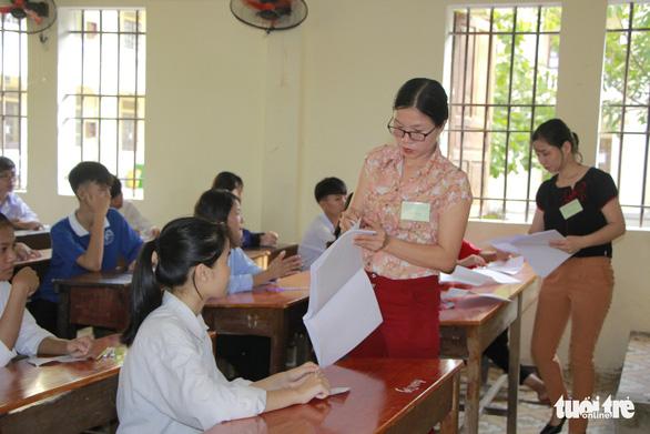 'Cậu bé Sơn La đạp xe về Hà Nội thăm em' vào đề thi lớp 10 Nghệ An - Ảnh 2.