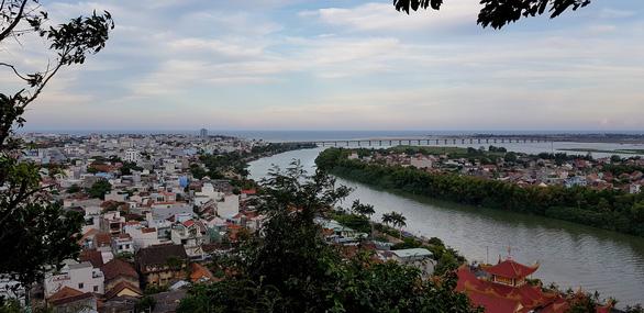 Chủ tịch tỉnh Phú Yên gửi thư chung tay bảo vệ môi trường cho người dân - Ảnh 2.