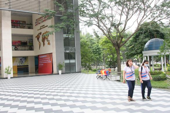 ĐH Tôn Đức Thắng vào top 200 đại học có chất lượng giáo dục tốt nhất thế giới - Ảnh 1.