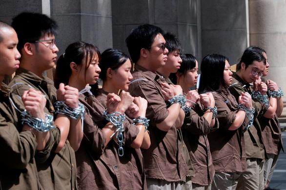 Biểu tình cực lớn ở Hong Kong phản đối dự luật dẫn độ - Ảnh 2.