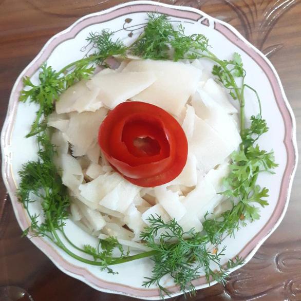 Canh thịt nai không ngon bằng măng nàng hái - Ảnh 2.