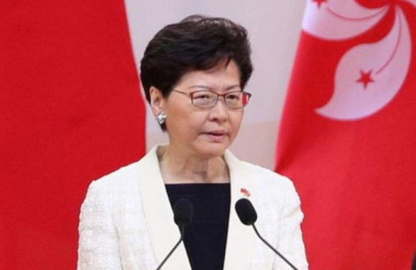 Kỷ niệm trao trả Hong Kong: Trưởng đặc khu hứa lắng nghe người trẻ - Ảnh 1.