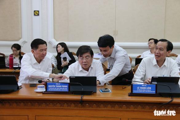 Lãnh đạo UBND TP.HCM tập huấn phòng họp không giấy - Ảnh 1.