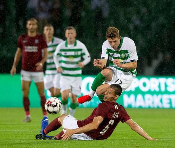 Đội bóng của doanh nhân Nguyễn Hoài Nam thua Celtic ở vòng sơ loại Champions League - Ảnh 1.