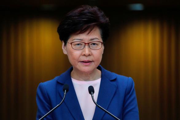 Người Hong Kong dọa tiếp tục biểu tình dù dự luật dẫn độ đã chết - Ảnh 2.