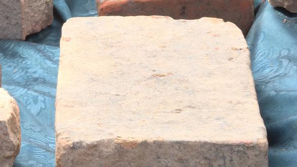 Phát hiện di tích Chăm có niên đại khoảng thế kỷ thứ 4 hoặc 5 - Ảnh 2.