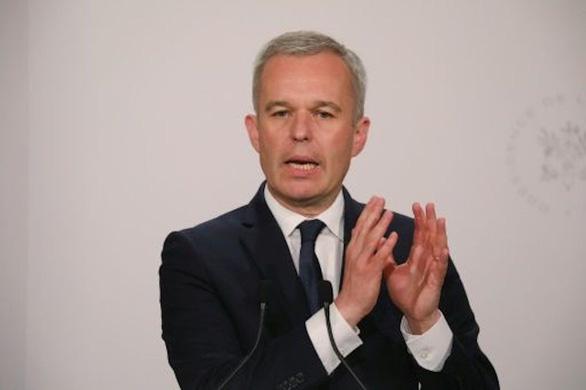 Bộ trưởng Pháp bị tố tiệc tùng như vua - Ảnh 1.