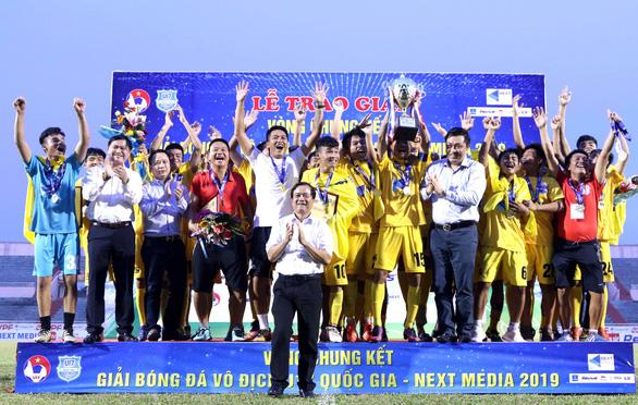 Phá huông ở chấm 11m, Thanh Hóa đăng quang Giải U17 quốc gia 2019 - Ảnh 1.