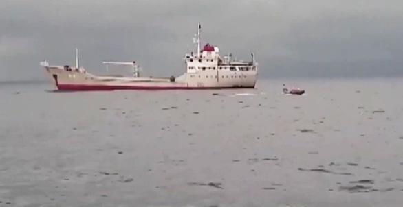 Định vị nơi tàu cá Nghệ An bị chìm nhờ robot lặn của hải quân - Ảnh 1.