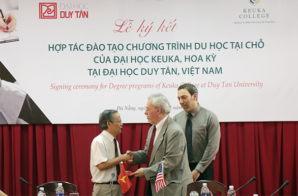 Khối ngành kinh tế - quản trị tại Đại học Duy Tân: Chưa bao giờ hết hot - Ảnh 1.