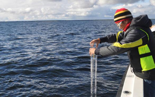 Ưu Đàm vượt đại dương để nghĩ về cách thế giới đang được vận hành - Ảnh 4.
