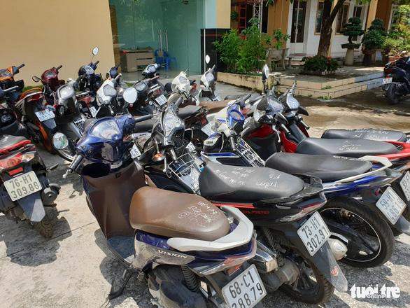 Tóm băng trộm lấy cùng lúc 9 xe máy trong nhà trọ - Ảnh 4.
