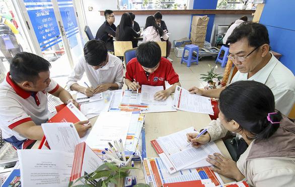 Nhiều trường phớt lờ quy chế tuyển sinh - Ảnh 1.