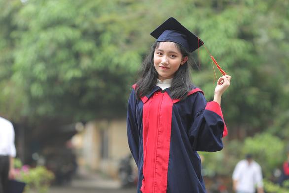 Nữ sinh Phú Thọ là thủ khoa có điểm xét tuyển đại học cao nhất cả nước - Ảnh 1.