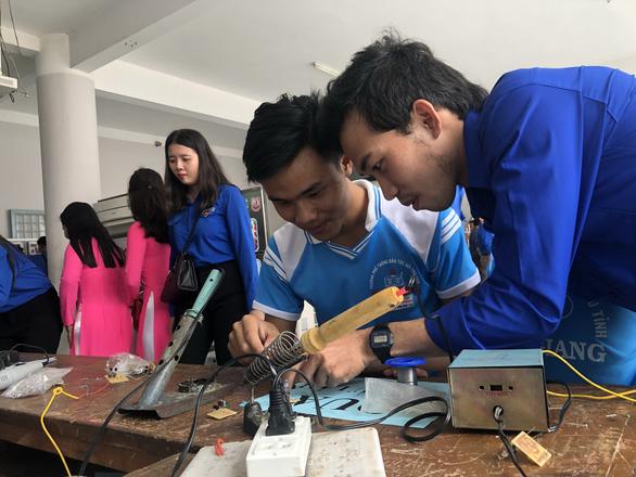 Rèn kỹ năng giúp người trẻ lập nghiệp - Ảnh 1.
