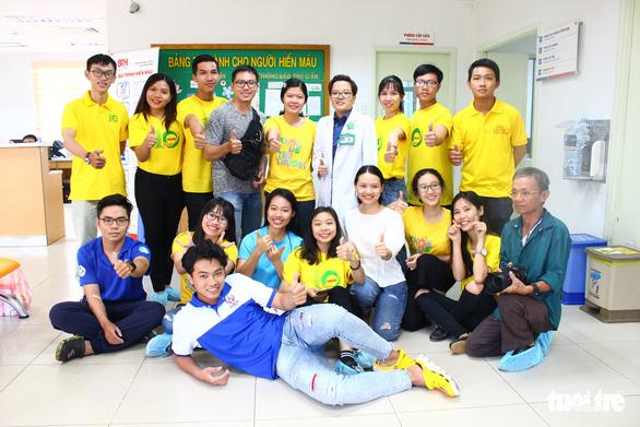 Nhiều bạn trẻ hiến máu vì bệnh nhi ung thư - Ảnh 4.