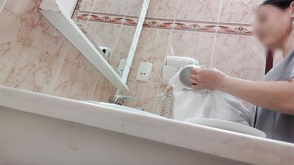 Góc khuất vệ sinh khách sạn: Tổng cục Du lịch yêu cầu kiểm tra - Ảnh 1.