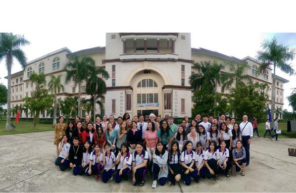 Chinh phục ước mơ trở thành điều dưỡng quốc tế cùng Đại học Tân Tạo - Ảnh 1.