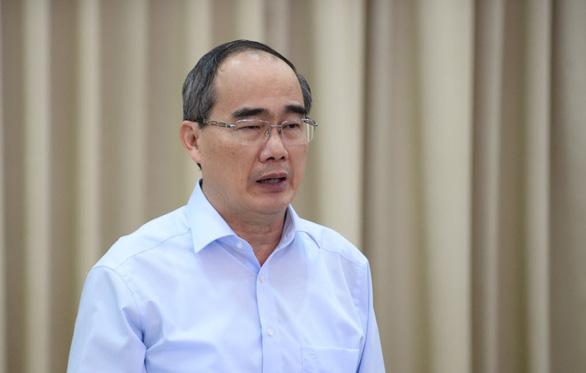 Bộ trưởng Nguyễn Mạnh Hùng: TP.HCM phải đặt mục tiêu ai cũng có smartphone - Ảnh 2.