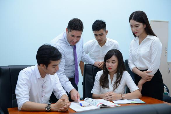 Người trẻ Việt cần chuẩn bị gì để trở thành công dân toàn cầu? - Ảnh 2.