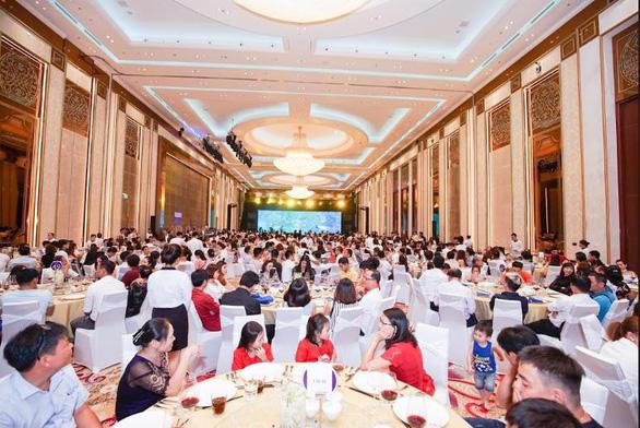 Chủ đầu tư Phát Đạt và DKR chi quà khủng trong tiệc tri ân - Ảnh 1.