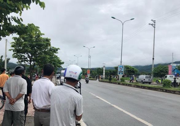 Thực nghiệm điều tra vụ nữ sinh giao gà bị sát hại ở Điện Biên - Ảnh 1.