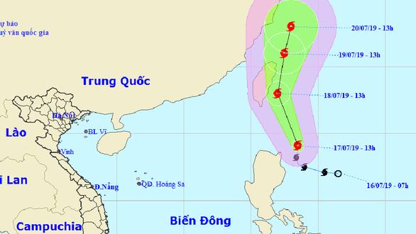 Xuất hiện bão Danas gần Biển Đông, gió giật cấp 10 - Ảnh 1.