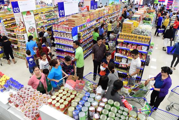 Saigon Co.op mở cửa siêu thị ảo trên phố đi bộ Nguyễn Huệ - Ảnh 2.