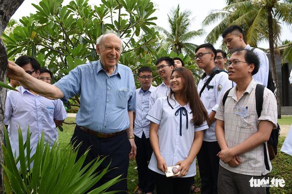 Phó thủ tướng chủ trì giải quyết vụ hứa miễn tiền đất nay lại đòi nợ - Ảnh 2.