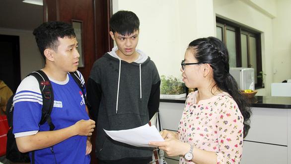 Điểm chuẩn Đại học Quốc gia TP.HCM tăng hầu hết các ngành - Ảnh 1.
