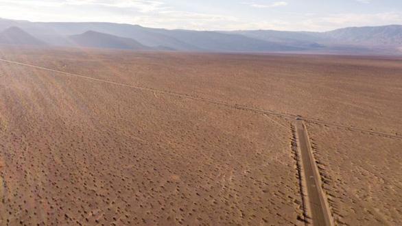 Không quân Mỹ cấm dân săn UFO lại gần căn cứ mật Area 51 - Ảnh 2.