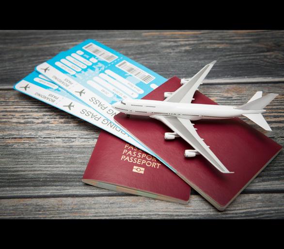 Quy định mới của Canada có lợi cho hành khách đi máy bay - Ảnh 1.