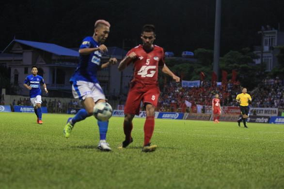 Nam Định, Quảng Ninh cùng có ba điểm ở vòng 16 V-League - Ảnh 1.