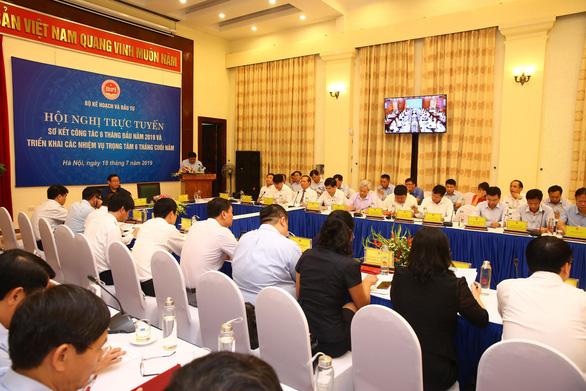 Phó thủ tướng: Thu hút FDI gắn với ngăn chặn đầu tư chui, gian lận xuất xứ - Ảnh 1.