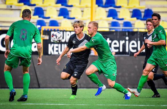 Công Phượng lần đầu đá chính cho Sint-Truidense trong trận thua đội hạng 2 Bỉ - Ảnh 2.
