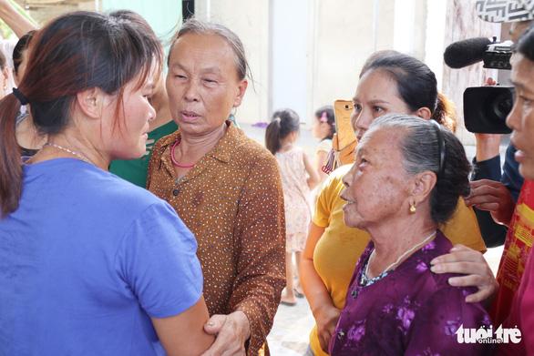 Nước mắt trùng phùng của người phụ nữ bị bán sang Trung Quốc 24 năm - Ảnh 5.