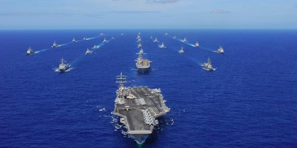 Ông Duterte kêu gọi Mỹ gửi tàu chiến bảo vệ Philippines trước sự gây hấn của Trung Quốc - Ảnh 2.