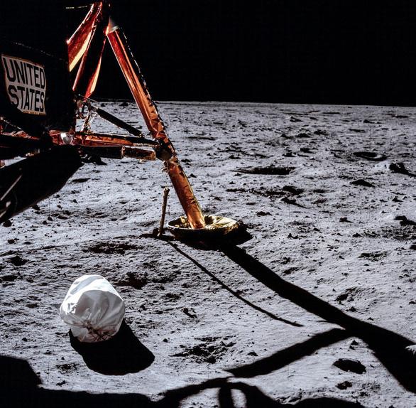 Những hình ảnh chưa từng công bố về sứ mệnh Apollo 11 - Ảnh 4.